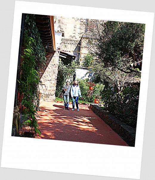 San Jose El Viejo tutors, Rebecca and Lily