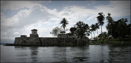 Castillo de San Felipe on the Rio Dulce was the town's defence against pirates yet, the fort itself was destroyed and looted by pirates many times.