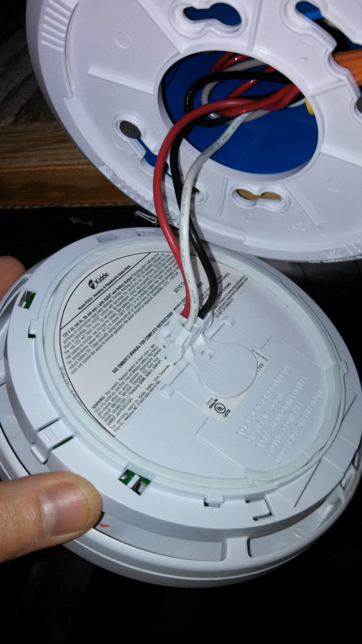 A Wired CO Detector Provides Protection From CO Poisoning