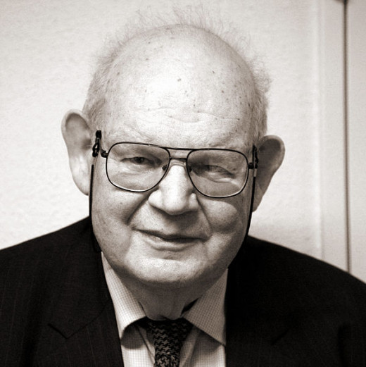 Benoit Mandelbrot, the father of fractal geometry