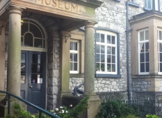 Entrance to Kendal Museum. A fun place to visit if you want to find out more about the history of the town and surrounding area. The museum also has an impressive collection of stuffed animals.