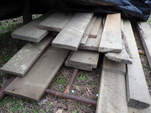 Solid oak sawmill planks