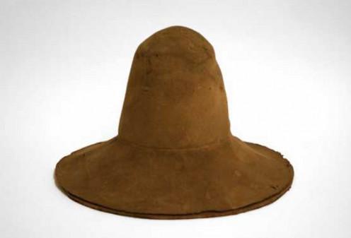 Men's hat, 1600-1625  http://en.wikipedia.org/wiki/File:Herenhoed,_ca._1600-1625.jpg