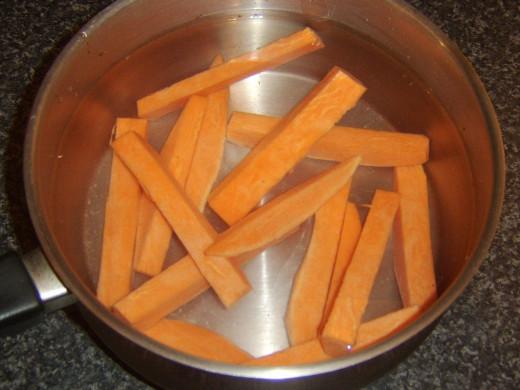 Steeping sweet potato chippings