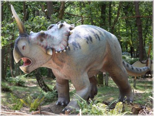 Stature of an extinct animal.