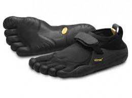 The Vibram Five Fingers: a minimalistic shoe designed to emulate barefoot running