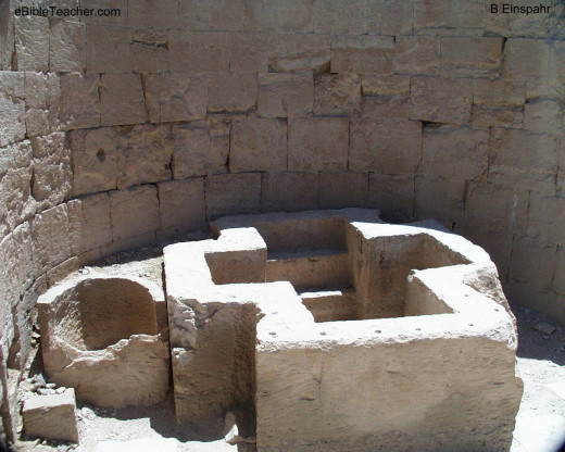 Early Christian baptistry is shaped like a cross. This baptistry is located in Avdat, and Mamshit/Mampsis in the Negev and likely built in the Byzantine era 250-600AD.