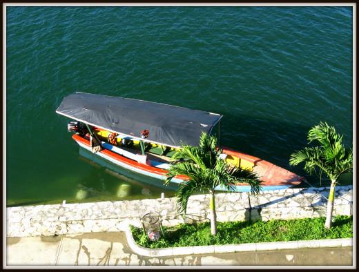 Guatemalan lancha
