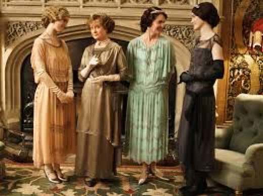 The show's producers liberalized the dress of the main characters, especially when contrasted to what the historical figures wore.