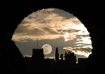 Moonlit Whitby - it's too easy to imagine Dracula never left