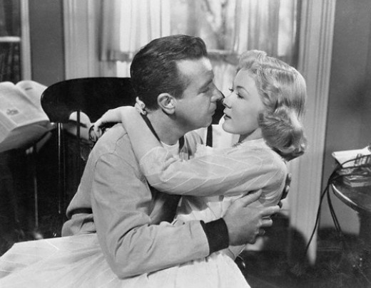 Dick Powell and Gloria Grahame - the original shlubby guy and hot wife?
