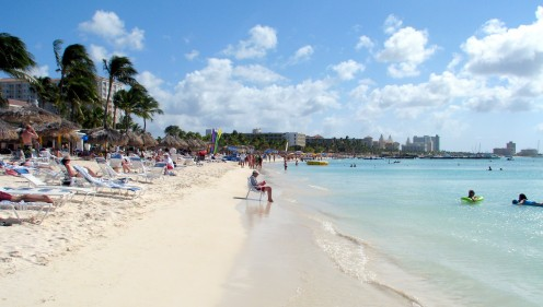 Palm Beach, Aruba is warm and dry throughout most of the year. Credit: Scott Bateman