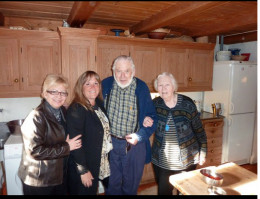 Linda in Norway with famous artist Terje Gorstad, his wife and Jodi Faith from Canada.
