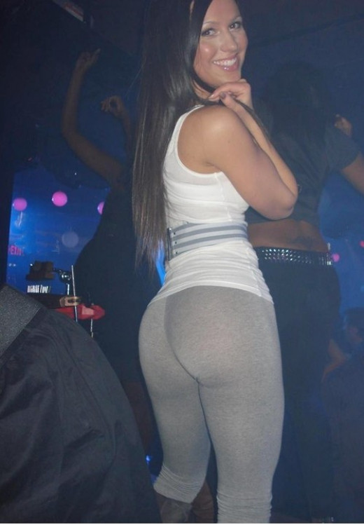 Gray Yoga Pants At The Club
