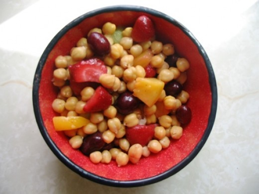 chick pea and fruit salad Bob Ewing photo