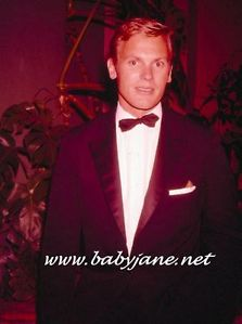 HOLLYWOOD ICON, TAB HUNTER LEARNED HOW TO DRESS NICELY WHEN HE CAME TO HOLLYWOOD.