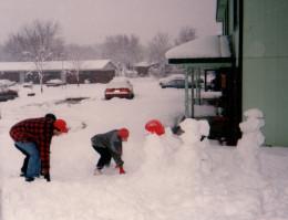 Making a plan to demolish the snowman team