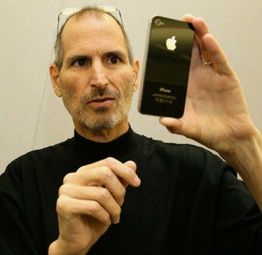 Steve Jobs with his revolutionary iPhone