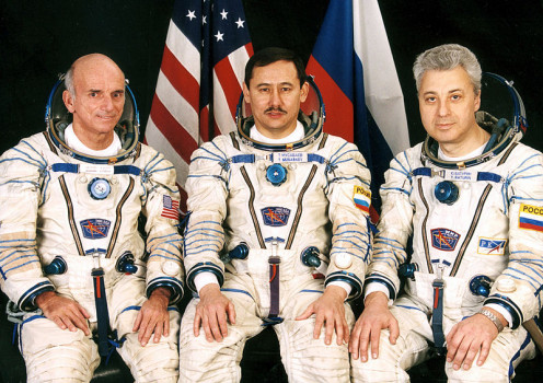 Tourist Dennis Tito, Flight Engineer Yuri Baturin, and Commander Talgat Musabayev. Soyuz TM-32.