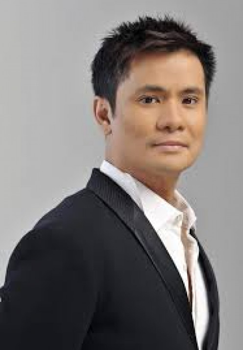 """Ogie, in tandem with Michael V.; together they form the epic """"yaya and child"""" of Bubble Gang."""