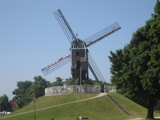 A trip to Brugge is not complete without seeing windmills. This one makes for a nice little walk to the edge of town.