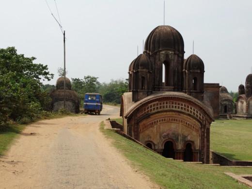 A Pancharatna temple