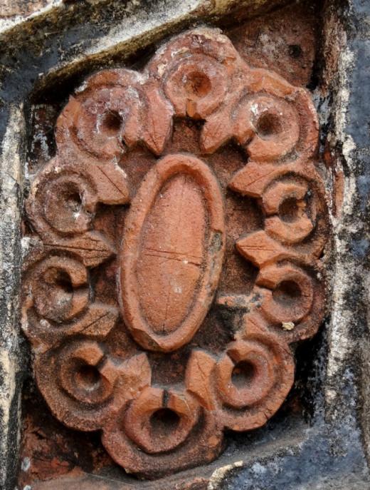 Terracotta floral design 2