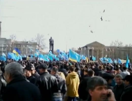 Pro-Ukrainian manifestation in Simferopol during the Crimean crisis, February 2014
