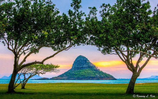 You can get a full view of Chinaman's Hat from Campground B at Kualoa Regional Park.
