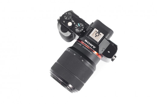 Sony A7R + 28-70mm