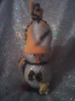 Handmade one of a kind Snowman  made by Gardener Den.  This a great little handmade snowmade You can buy them from Gardener Den. Or make your own steeler snowman.