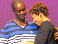 During Carl Thomas' performance, he brought up on stage a young man named Andrew, who proposed to Zenobia, his future wife.