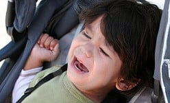 How to Deal With Toddler Tantrums the Right Way