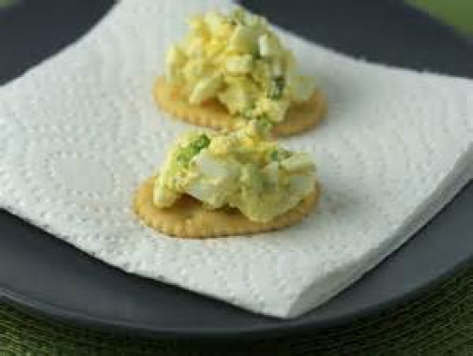 Egg Salad on crackers
