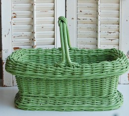 The texture and color of the wicker basket are both inspiring.