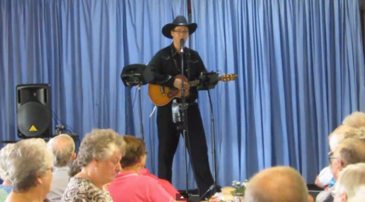 Entertaining senior citizens in rural areas is a great way for aged care facilities to group together and get professional seniors entertainers.