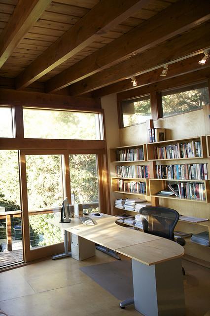 Urban Cabin - Writer's Office