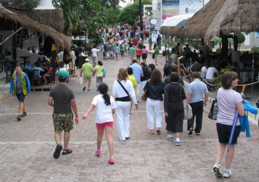 Playa del Carmen's 5th Avenue is a popular Cozumel excursion. © Scott Bateman