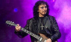 Tony Iommi and the Gibson Tony Iommi SG Guitar