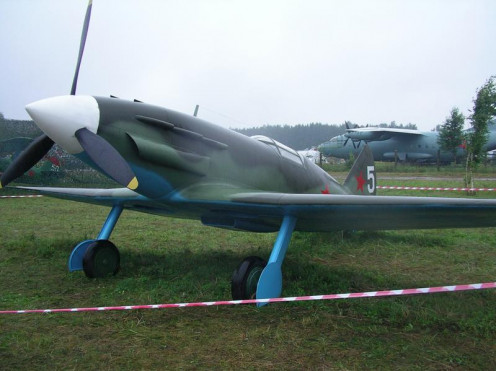 A MiG-3 mock up.