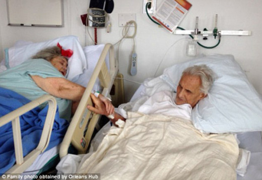 Ed and Floreen Hale, holding hands as each moved closer to death. http://www.viralnova.com/couple-married-60-years-dies/