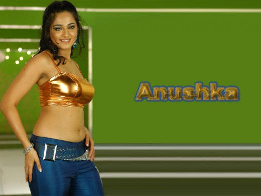 HOT ACTRESS ANUSHKA  PICTURES