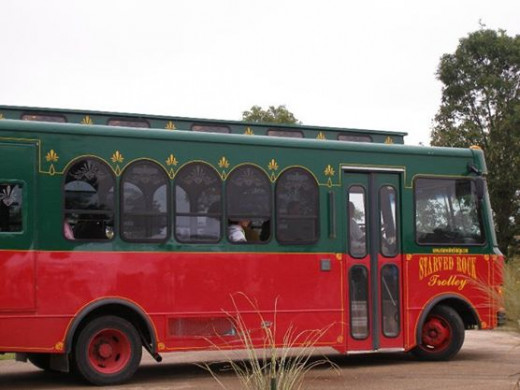 Starved Rock Trolley shutters people to the wine fest from the Starved Rock Lodge and Grizzly Jack's Grand Bear Resort