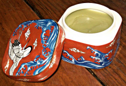 Homemade Herbal Ointments and Salves To Relieve the Pain of Arthritis, Sore Muscles, and Athletic Injuries