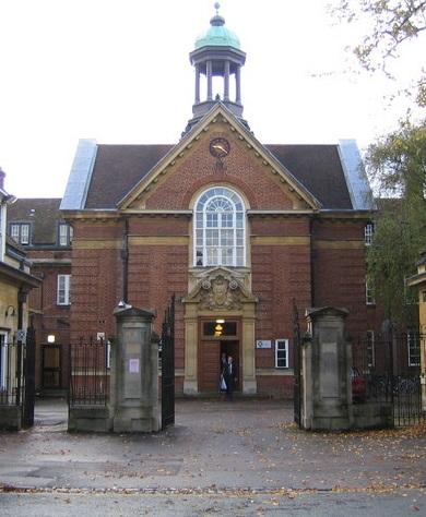 The college Amal Alamuddin went to: St. Hugh's at Oxford University.
