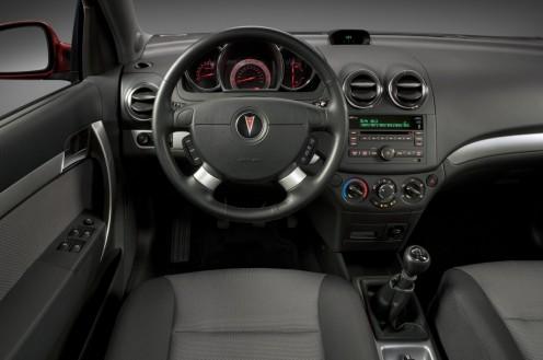 top 10 best car interiors for 2009 under 15k. Black Bedroom Furniture Sets. Home Design Ideas
