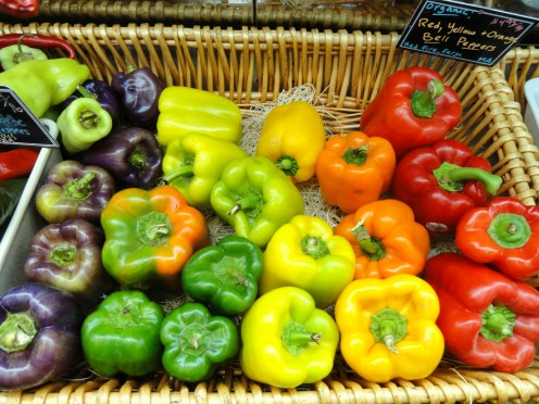 bell peppers of different colors