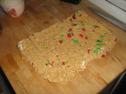 Rice Crispy Treat With MMs