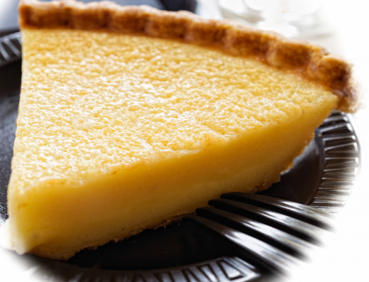 Vinegar Pie is usually a shade of yellow. Color will depend on the kind of vinegar used.