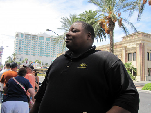 Antwaun, security guard at the Gold and Silver pawn shop, site of the show Pawn Stars, who makes frequent appearances on the program.